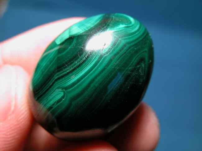 Extraordinary stone – Malachite. Learn more about this unique stone!
