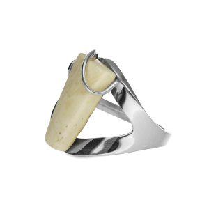 Pierścionek z bursztynem srebrny