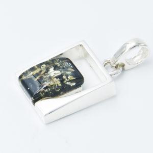 Decorative pendant with green rectangular amber A2A32
