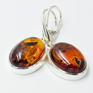 Elegant earrings with cognac Baltic amber A2A48