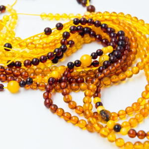 Honey amber necklace A2A104