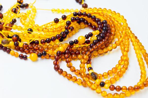 Honey amber necklace A2A104