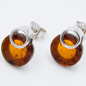 Elegant Earrings with round cognac amber Z1A74