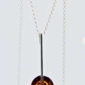 Elegant silver necklace with round cognac amber Z1A73